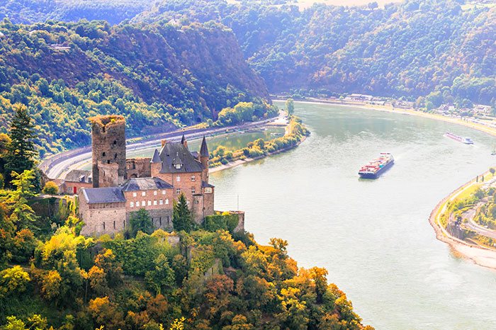germany-rhine-valley-katz-castle