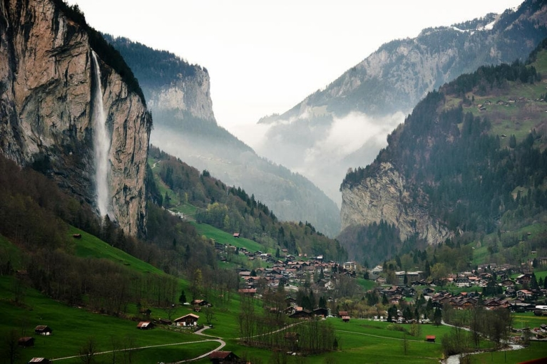 Go camping in the breathtaking valley of Lauterbrunnen